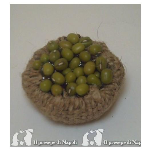 cesta bassa di sacco con olive