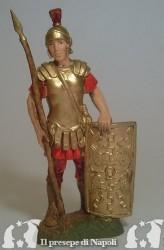 Soldato con lancia e scudo rettangolare