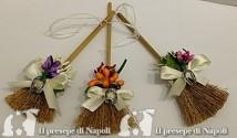 scopina portafortuna con fiori e calamita