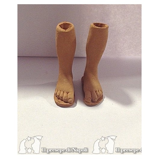 piedi nudi con pattina grezzi