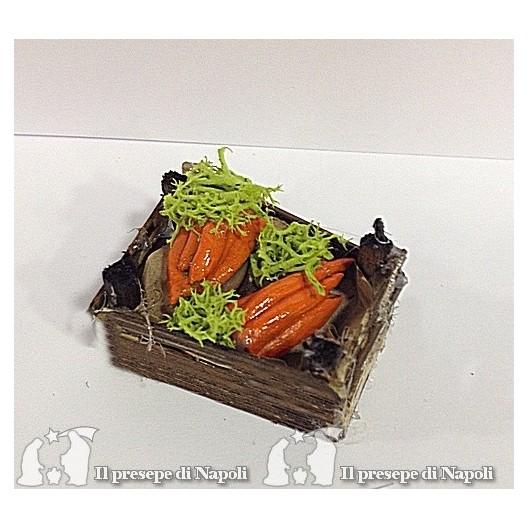 cassetta di legno con carote (tipo nuovo)