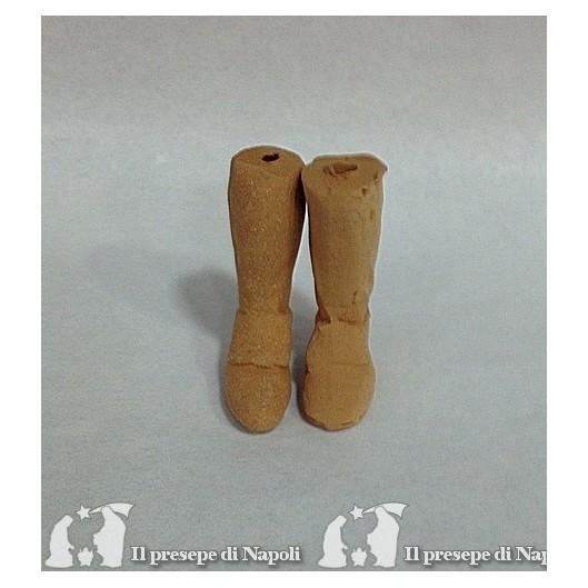 piedi grezzi con scarpa