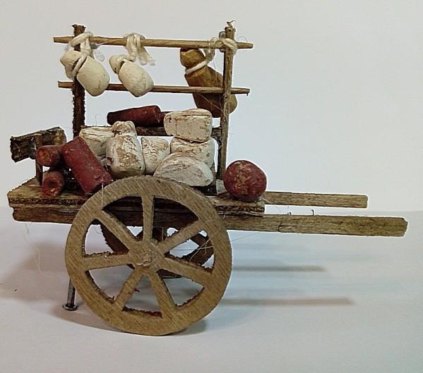 carretto di legno con formaggi