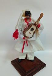 Pulcinella cm 14 con chitarra in terracotta