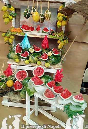 Banco con meloni + banchetto piccolo per pastori cm 40