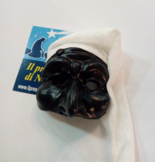 maschera di pulcinella con cappello  in tessuto(grande)
