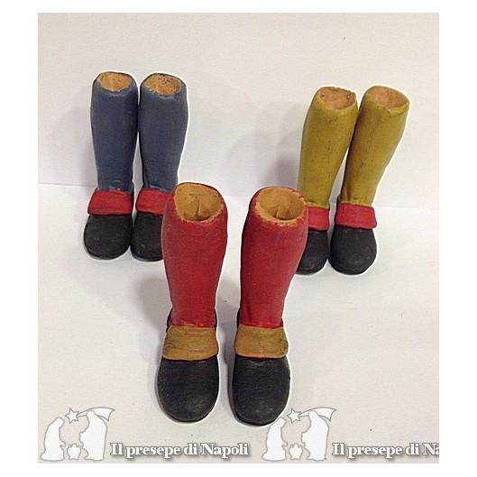 piedi con scarpa colorato