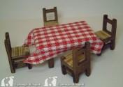 tavolo (piccolo) l cm6 x h cm3.5 x pr. cm4 Con 4 sedie