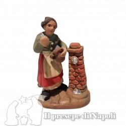 donna alla fontana