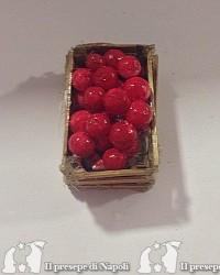cassetta di legno con mele ( tipo nuovo)